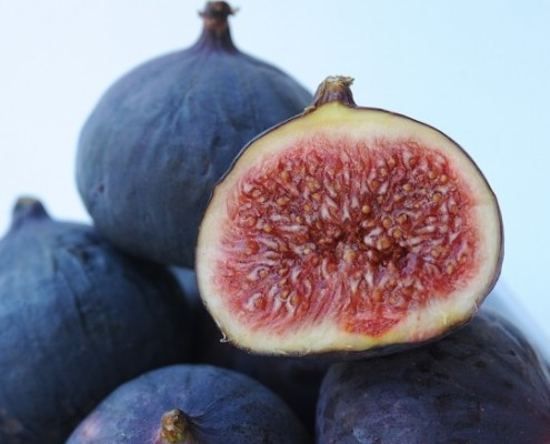 Fig halfed