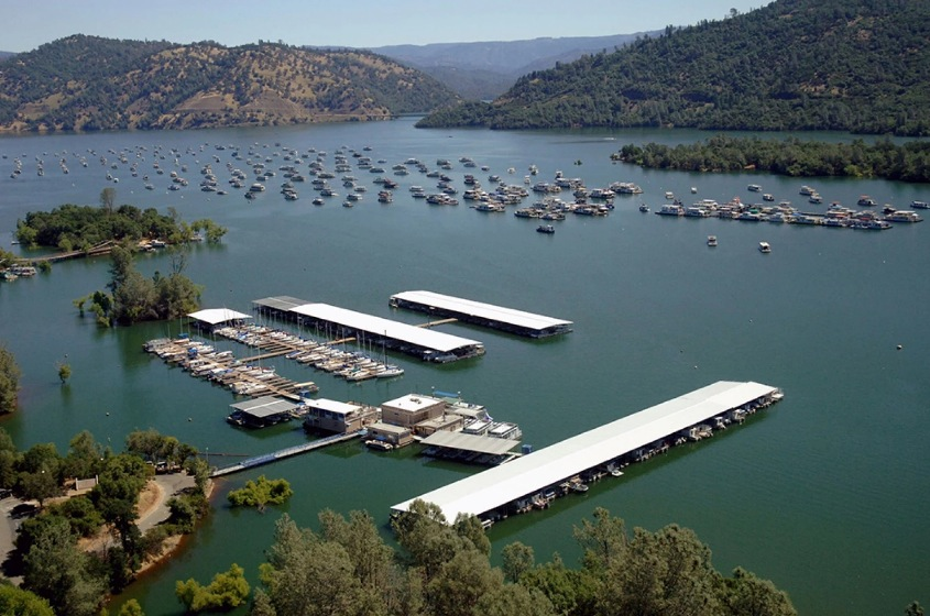Bidwell Marina at Lake Oroville Image by Paul Hames:California